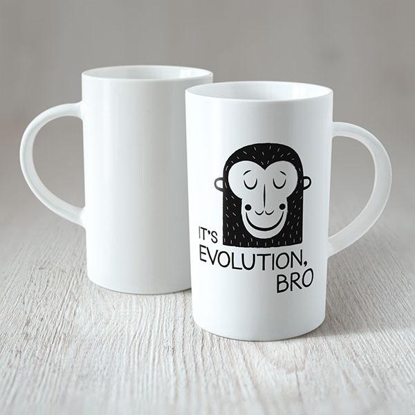Balta dekola krūze ar mērkaķi ar tekstu: It`s evolution bro