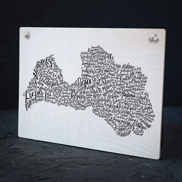 """Balts dekoratīvais dēlītis, """"Latvijas pilsētas"""""""