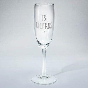 """Šampanieša glāze ar sudraba tekstu: """"Es atceros..."""""""