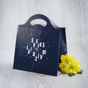 Dāvanu maisiņš, 230x210x100mm, ar tekstu - Sveiks lai dzīvo
