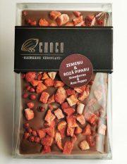 Choco šokolāde, Piena šokolādes tāfelīte ar zemenēm un rozā pipariem, 120g