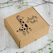 """Dāvanu kaste, """"Žirafe, audz liels!"""", (257x234x60mm)"""