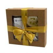 """Steina products, dāvanu komplekts """"Kokosrieksts"""" brūnā kastītē ar dzeltenu lenti"""