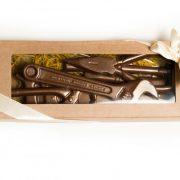 R-chocolate šokolādes intrumentu komplekts brūnā kastē