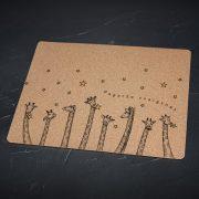 Korķa paliktnis, lielais, ar attēlotām žirafēm un zvaigznēm un tekstu - Pagaršo zvaigznes