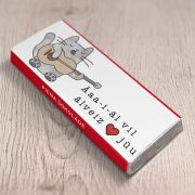Mazā šokolāde, piena, 18g, daba, ar attēlotu kaķi, kurš spēlē ģitāru un tekstu