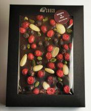 Choco šokolāde, šokolādes tāfelīte ar ogu un riekstu miksli, 220g