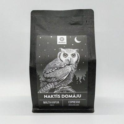 Malta kafija, 250g, Kolumbija, ar melnās šokolādes, karameles un lazdu riekstu garšas niansēm, ar attēlotu pūci un tekstu - Naktīs domāju