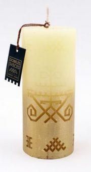 Dobeles sveces, bēša svece cilindra formā ar Austras koku