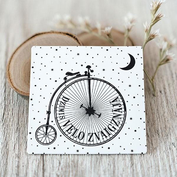 Vinila magnēts ar melnu apdruku ar velozvaigznāju