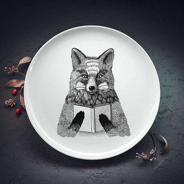 Balts lielais šķīvis ar melnu lapsas apdruku