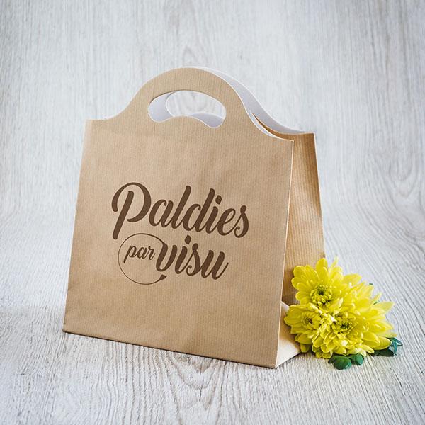 Gaišs dāvanu maisiņš ar tekstu Paldies par visu