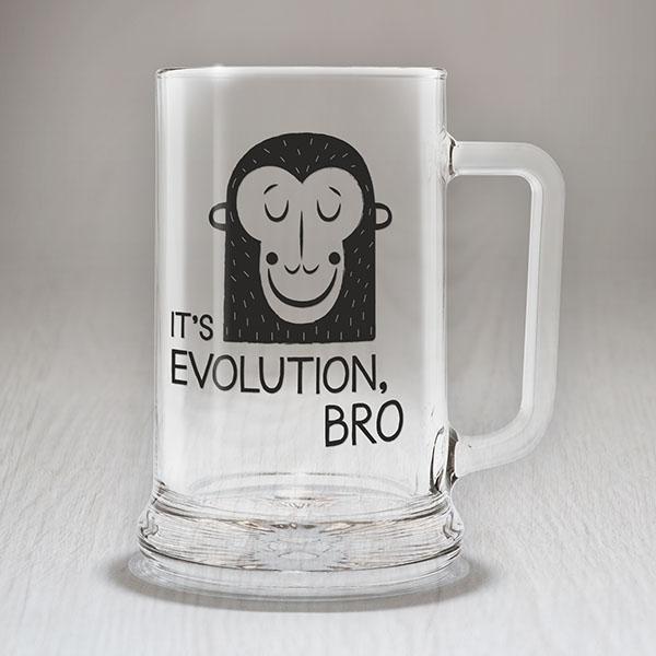 """Alus kauss ar melnu mērkaķa zīmējumu un tekstu: """"It's evolution, BRO!"""""""
