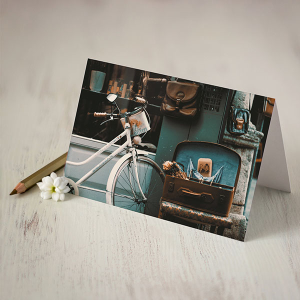 Atverama kartīte ar retro velo