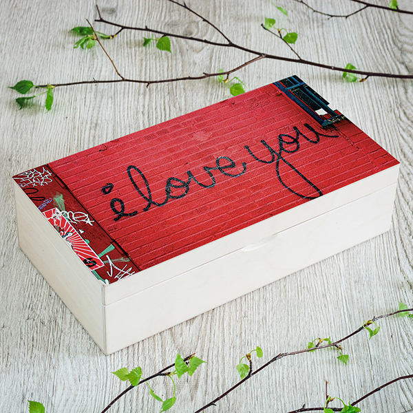 Gaiši brūna koka kaste, (2x4), ar UV apdruku, foto, sarkanu Graffiti sienu