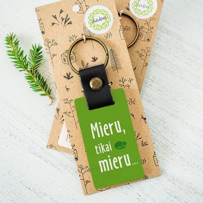 """Koka atslēgu piekariņš ar tekstu: """"Labākā mamma""""Koka atslēgu piekariņš ar tekstu: """"Mieru, tikai mieru..."""""""