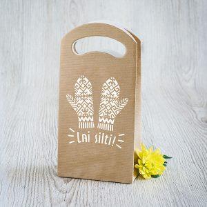 """Dāvanu maisiņš ar cimdu zīmējumu un tekstu: """"Lai silti!"""""""