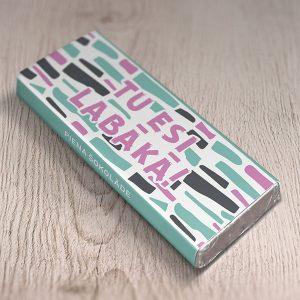 """Mazā šokolāde ar krāsainu apdruku un tekstu: """"Tu esi labākā!"""""""